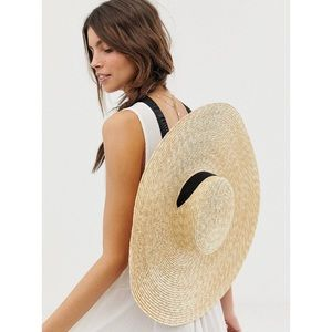 Natural Extra Wide Brimmed Hat